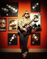 Sammy Hagar a cantat alaturi de Kid Rock (video)