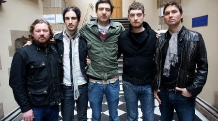 Snow Patrol au lansat un nou videoclip: Called Out In The Dark