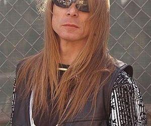 Chitaristul Aleister Wild este in coma dupa ce a fost atacat de basistul trupei