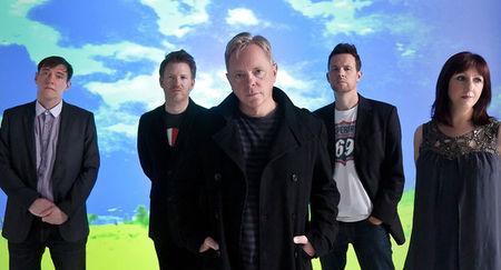 New Order sunt headlineri la Bestival