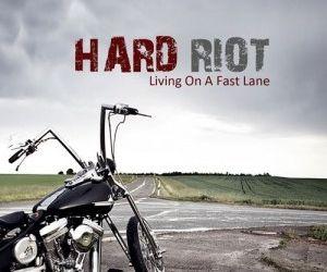 Vezi noul videoclip HARD RIOT, No Surrender