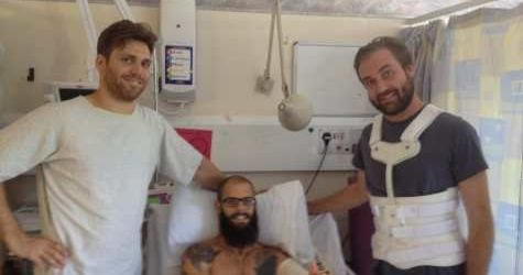Baroness te saluta din spital (foto)