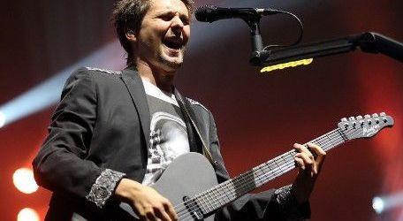 Muse au cantat un cover dupa Deftones (video)