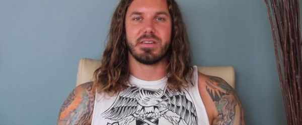 Exceptii in cazul solistului As I Lay Dying, Tim Lambesis