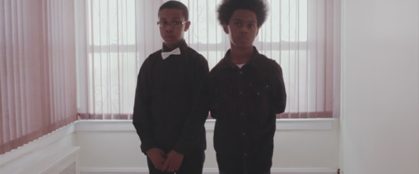 Scurt documentar despre doi tineri metalheads -