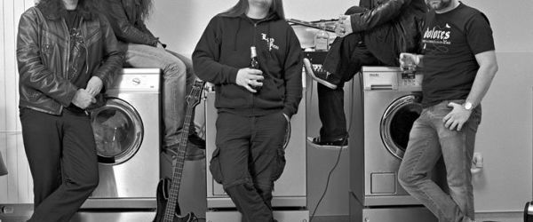 Lanfear inregistreaza un nou album