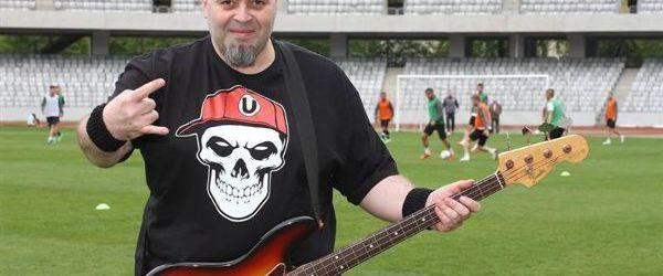 Prima echipa de fotbal din Romania care lanseaza tricouri pentru rockeri