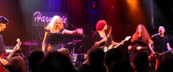 The Sirens - filmari de la concertul din Bonn (video)