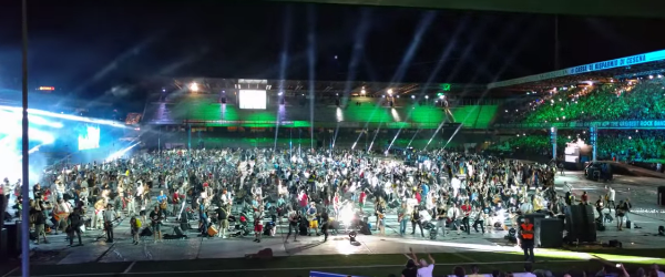1200 de muzicieni au cantat simultan piesa 'Smells like teen spirit