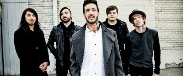 Austin Carlile a parasit formatia OF MICE & MEN