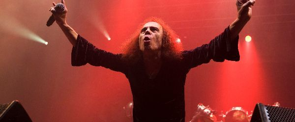 Ronnie James Dio pleaca in turneu!