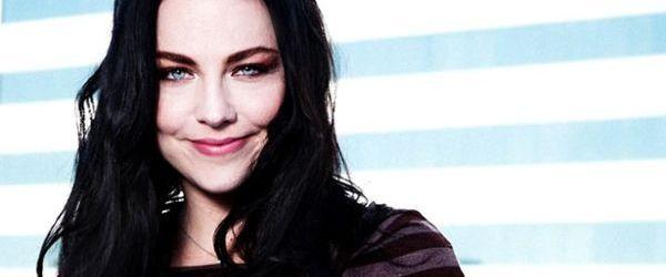Amy Lee de la Evanescence a lansat piesa 'Love Exists'