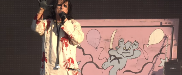 Alice Cooper: 'Feed My Frankenstein' si 'School's Out' live la Wacken 2017