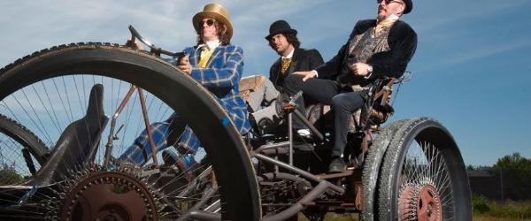 Primus revine cu un lyric video pentru piesa 'The Seven'