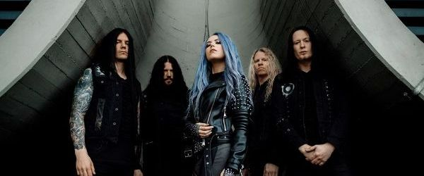 Arch Enemy a lansat o piesa noua,  'First Day in Hell'