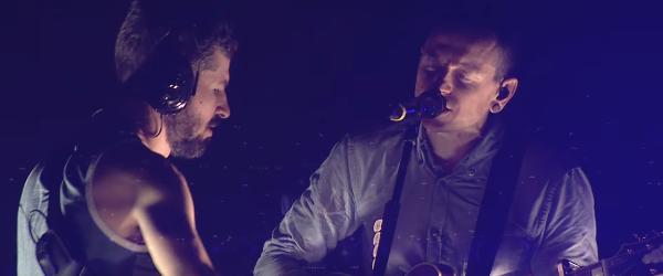 Linkin Park a lansat un clip pentru 'Sharp Edges' filmat in cadrul turneului 'One More Light'