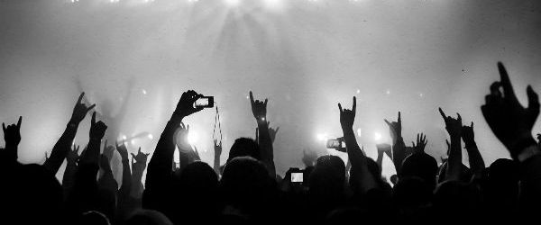 Cum sa inlocuiesti veniturile pierdute din anularea concertelor