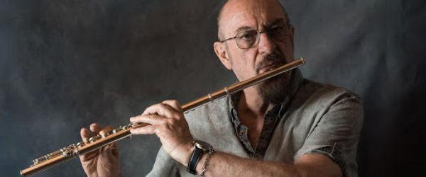 Ian Anderson de la Jethro Tull sufera de COPD