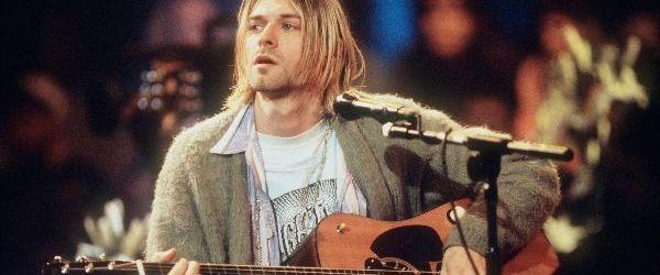 Chitara lui Kurt Cobain din concertul MTV Unplugged va fi scoasa la licitatie