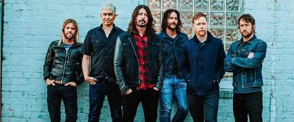 Foo Fighters transmite un concert din 2008