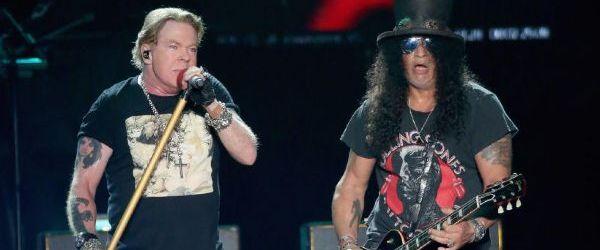 Guns N' Roses au lansat un video cu o selectie de piese din cadrul celui mai recent turneu