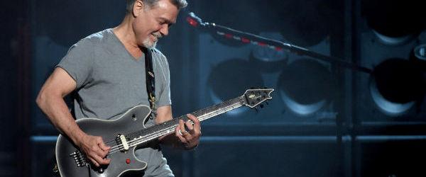 Cea mai inalta clopotnita din Olanda i-a adus un omagiu lui Eddie Van Halen