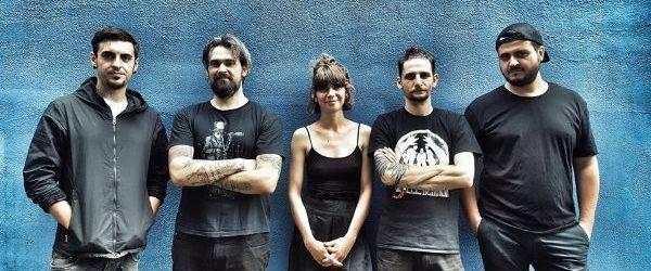 Breathelast au lansat un single insotit de clip, 'Indigo'