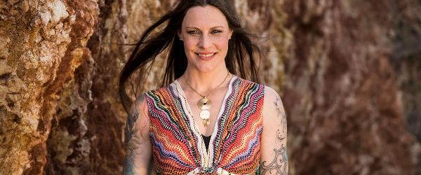 Floor Jansen de la Nightwish a facut un cover pentru 'Alone' de la Heart
