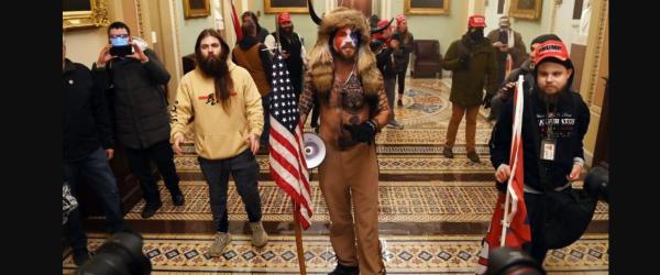 Chitaristul Iced Earth, Jon Schaffer, s-a numarat printre sustinatorii Trump care au luat cu asalt Capitoliul din SUA