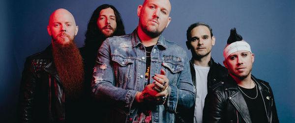 Atreyu au lansat un remix pentru 'Warrior' alaturi de Travis Barker si Zero 9:36